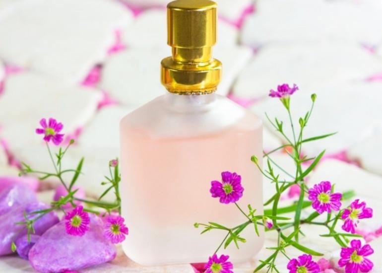Jak sprawdzić czy perfumy są nowe?
