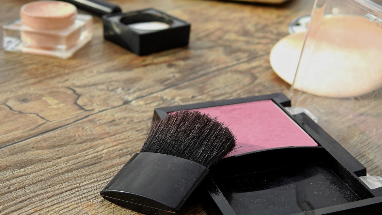 Jak prawidłowo dbać o kosmetyki naturalne?