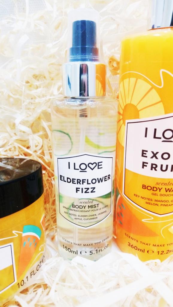 Signature Żel do kąpieli o zapachu owoców egzotycznych